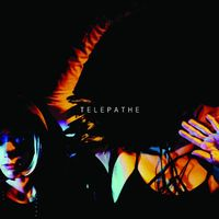 18 - telepathe-dance-mother